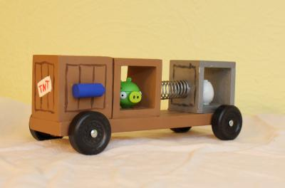 Bad Piggies pinewood derby car